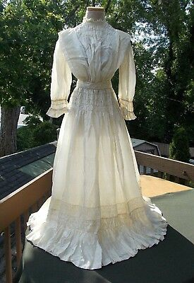 Gorgeous champagne silk wedding gown...smocked bodice & hips * superb *  c.1915