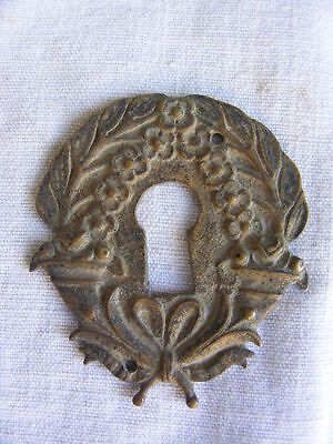 Escutcheon keyhole bronze, 19TH style Louis Restauration, 2 3/16x1 13/16in