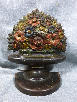"""Antique Bradley & Hubbard """"Mixed Flowers in Urn"""" Cast Iron Book End"""