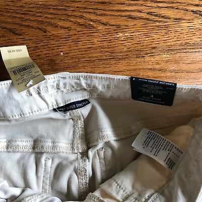 New! American Eagle Outfitters White Denim Jegging SZ 4