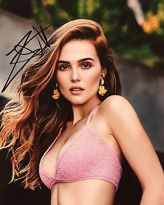 WITH PROOF! ZOEY DEUTCH Signed Autographed 8x10 Photo Sexy