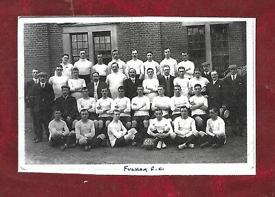 Repro laminated team picture of Fulham FC 1907/8 first season in the League