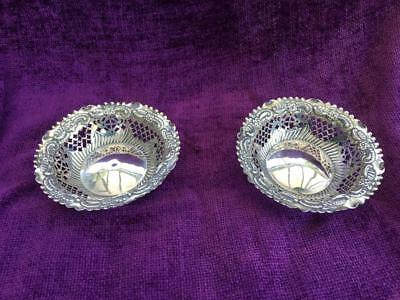 Fine Solid Silver Pair of Bon Bon / Sweetmeat Dishes 78g - Hallmark Chester 1895