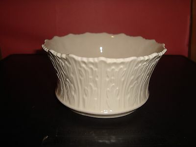"""Lenox USA Round Small Woodland Bowl 5"""" Round 2.5"""" Tall Mint Condition"""