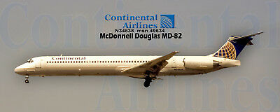 Continental Airlines McDonnell Douglas MD-82 Handmade Photo Magnet (PMT1648)