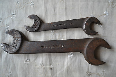 2 Vintage WHITMAN MACHINE WKS Open End Wrenches ~ 1562 & 1570