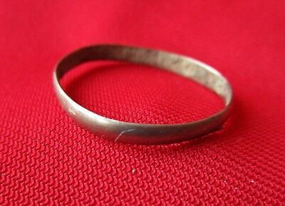 SILVER WEEDING RING - big .23 mm Ancient Roman empire . II century AD.
