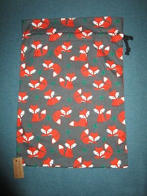 Handmade tote bag,drawstring top-Baby foxes.