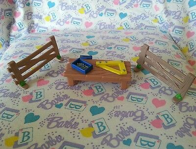 Bob the Builder Workbench & 2 Fence Pieces for Figure Playset 2000 Hasbro