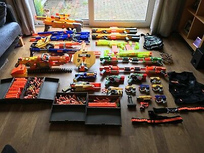 Huge Nerf Job lot bundle 20+ guns, clips, ammo