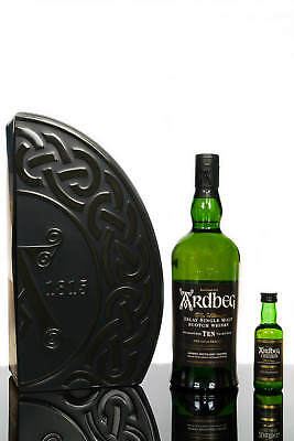 Ardbeg Ten Islay Single Malt Scotch Whisky Gift Pack (700ml)