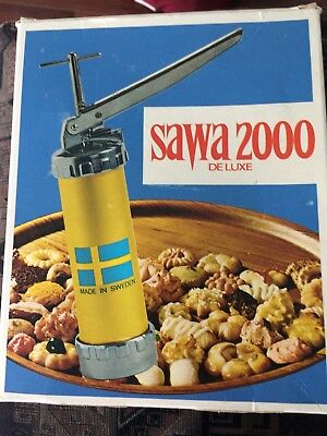 Vintage Sawa 2000 Deluxe Cookie Press Made In Sweden W/ Booklet In Box Neat