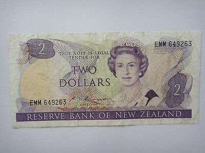 1985-1989 - New Zealand  $2 Dollar  Old Paper Banknote VF++ Condition