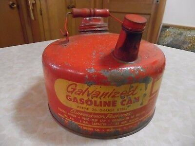 Vintage EAGLE 1 Gallon Galvanized Gas Can by EAGLE MANUFACTURING CO.