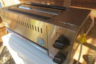 B&S commercial gas grill