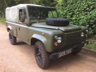 Land Rover 110 Full Canvas V8