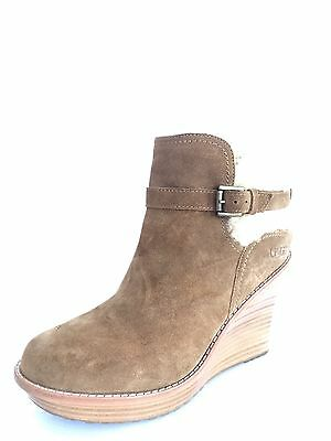 9a9b9b0d9d6f New UGG Anais Chestnut Brown Suede Wedge Ankle Boots Women s Size 10.5 M