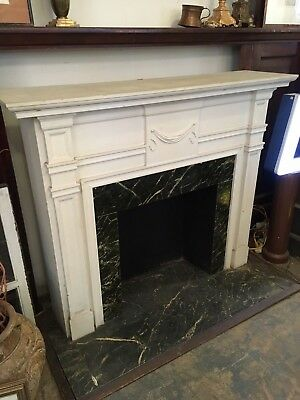 Circa 1800 Colonial Virginia White Fireplace Mantle Architectural Salvage