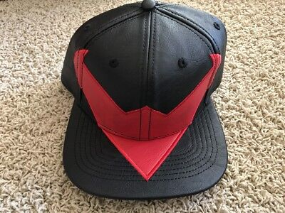 Loot Crate Exclusive - Nightwing Snapback Hat - SDCC 2016