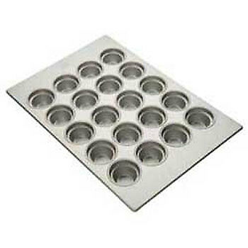 Large Crown Muffin Pan - (20) 7-5/16 oz. Cup Capacity