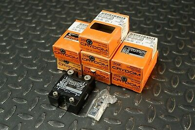 Lot of 7 Crydom D2410 Solid-State Relay 3-32VDC In / 240VAC 10A Out