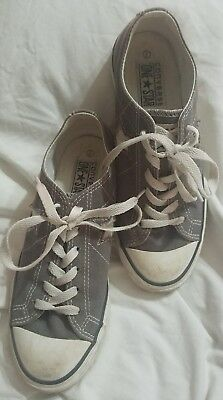 Converse One Star Ladies Sneakers Gray Size 7 Low Top Lace up Athletic Shoes