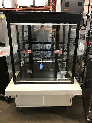 2011 Royston Pastry Case - Model 6445 With Light - Great Shape