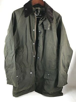NEW!!  BARBOUR Classic Beaufort Relaxed Fit Waxed Cotton Jacket Size L