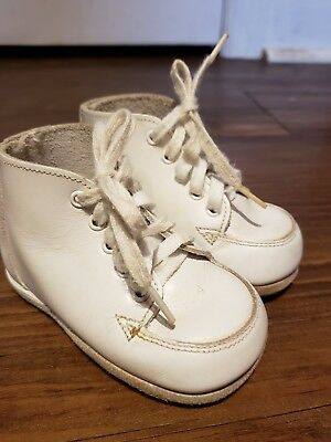 Stride Rite Baby First Shoes Classic Vintage White Leather Hightop