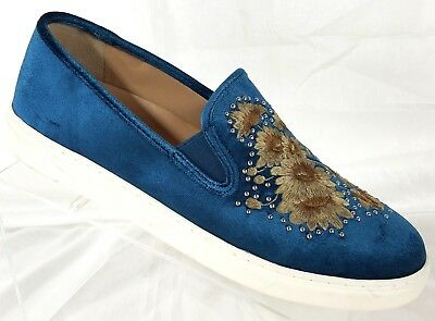 fe1a7dc8232 Vince Camuto BRANDIA Women s US Size 10M Embroidered Velvet Fashion Sneaker  Shoe