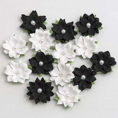 Black & White Paper Monochrome Flowers With Pearls - Embellishments