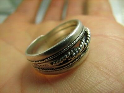 Nice ! Vintage Sterling Silver Ornamented Ring  !# 128