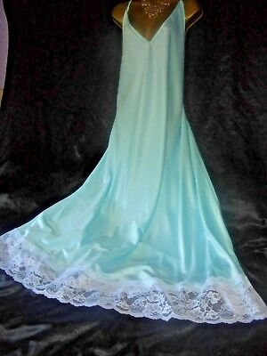Stunning silky satin nightie dress slip negligee nightdress  30/32 chest 62