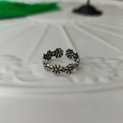 925 Sterling Silver Daisy Flower Toe Ring in Box