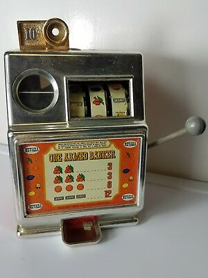 NEVADA ONE ARMED BANKER SMALL SLOT MACHINE  by MEDLEY MFG. CO. OF RENO NV