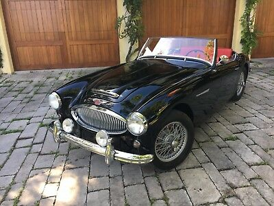 1962 Austin Healey 3000 leather 1962 Austin Healey MKII BT7 Tri-carb British Heritage doc Black over red leather