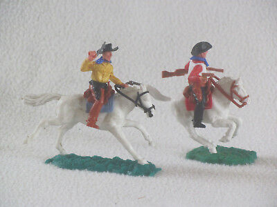 TIMPO Wild West 2 COWBOYS MOUNTED plastic vintage 1970's 1/32nd scale