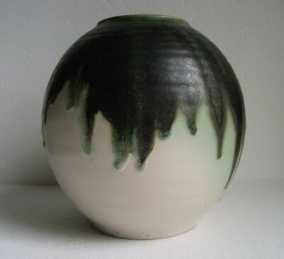 ROYAL DOULTON STUDIO VASE BY VERA HUGGINS, CIRCA 1950s