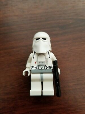 Lego Star Wars Hoth Snowtrooper Minifigure w/ white hands