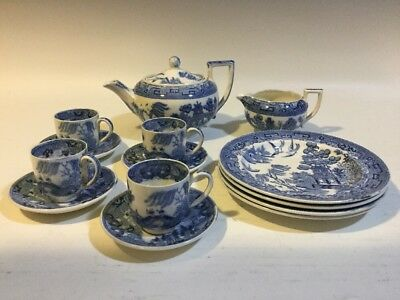 "Antique 14 Pcs. Wedgwood Blue ""Willow"" Child's Toy/Doll Tea Set"