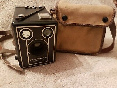 Vintage Box Brownie Camera Kodak Six 20 Brownie D With Canvas Case And Strap