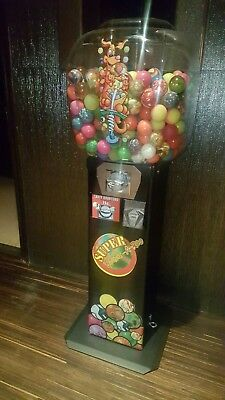 1 Beaver Gumball/Rubber Ball Machine EXCELLENT condition