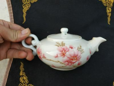 Chinese old porcelain pot Handwork  painting flower Teapot w Marks