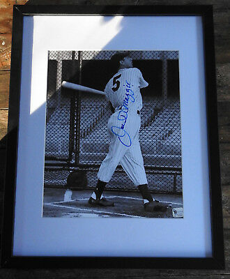 "Hand signed Baseball Joe DiMaggio 8"" x 10"" New York Yankees Wood Framed"