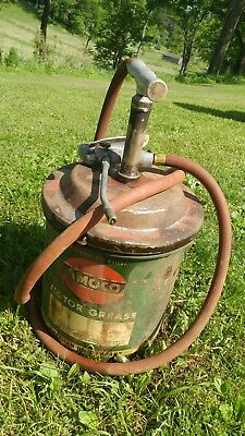 vintage Amoco 5 gallon motor grease can hose american oil co. Empty