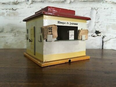 Marklin O gauge Kiosque tin train building
