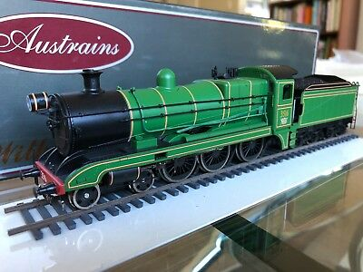 NSWGR Austrains HO scale C35 Class Engine, Green 3516 with Factory DCC and Sound
