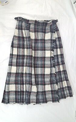 Scott the Kiltmaker of Aberdeen 100% Wool White with Red Plaid Kilt Sz 24