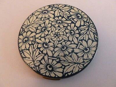 Large Vintage Powder Compact with Attractive Blue and White Floral Design