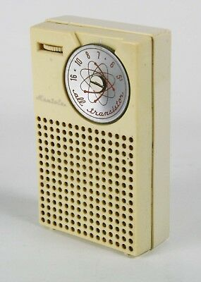 Mantola MD-4 -4Transistor, Pocket Radio - Cream -1957